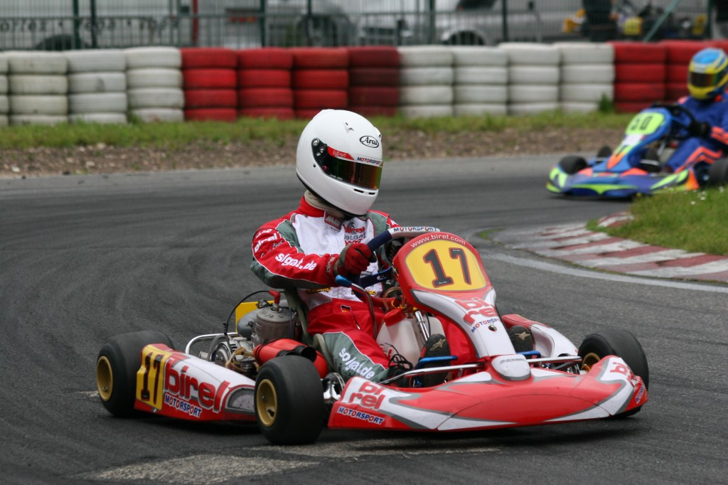 Sensitivity, coolness and driving skills - that´s what you need to race a racingkart!
