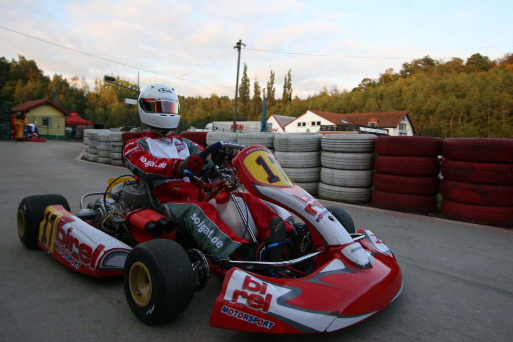 Are you ready? A racingkart demands everything from his driver!